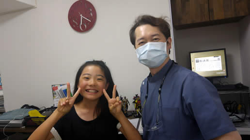 笑顔の患者さんと